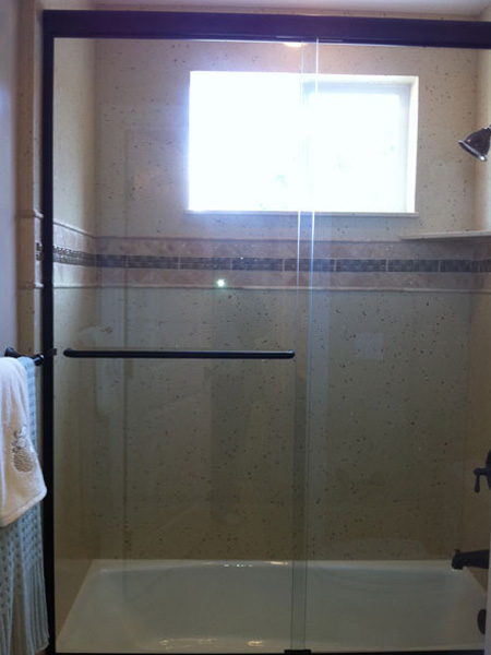 Clear Glass Frameless Shower And Tub Enclosure One Piece
